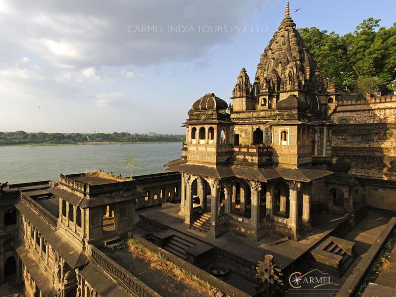 Maheshwar ancient shiva temple india tour and travel package