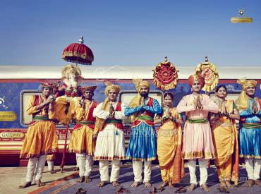 Deccan Odyssey, Maharashtra Splendor traditional welcome