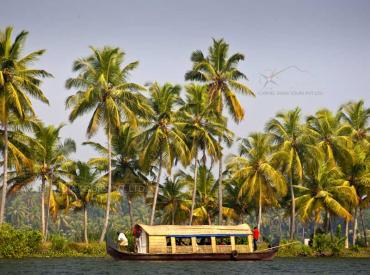 Kerala backwaters tours, House Boat Cruise